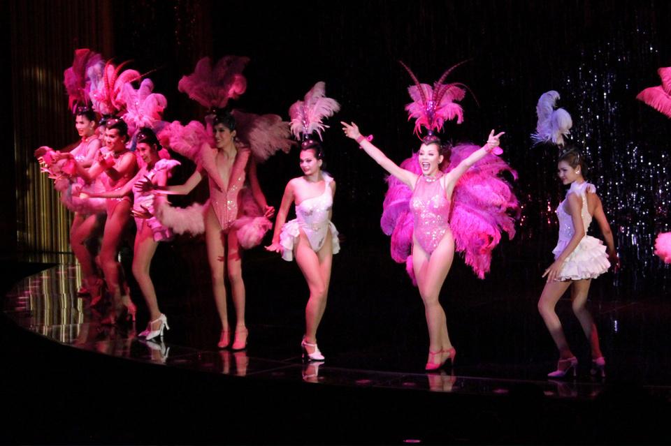 calypso-cabaret-show