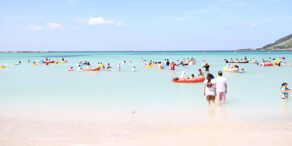 jeju-island-hyeopje-beach-1