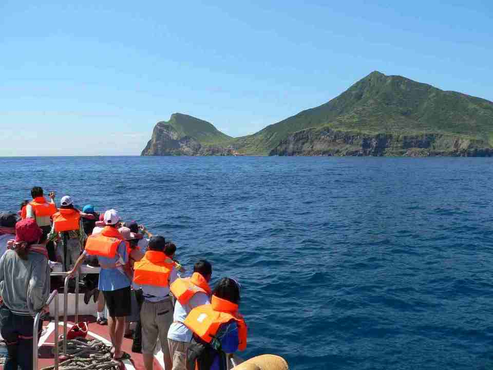 Whale Watching and Dolphin Watching in Yilan taipingshan yilan, taipingshan yilan blog