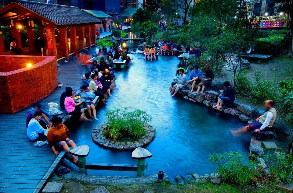 jiaosi hot spring Credit image: yilan blog.
