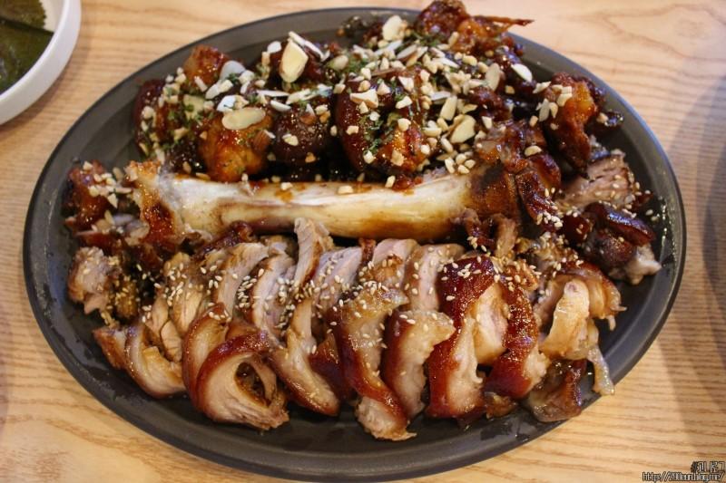 pig feet - busan - korea1