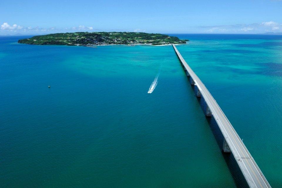 bridge Kouri Island
