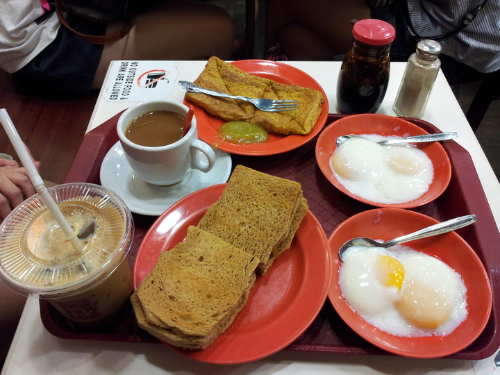 Ya Kun Kaya Toast breakfast set - 2 soft-boiled eggs, kaya toast,