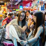 Singapore must buy souvenirs — Top 16 most famous, cheap & best things to buy in Singapore for tourists