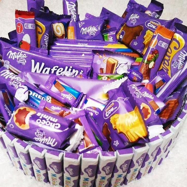 candy in valu$