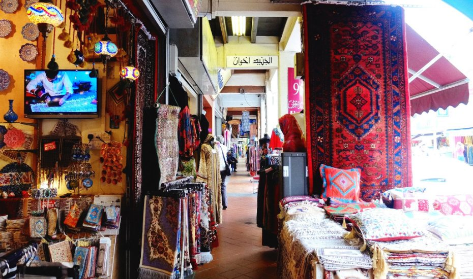 arab street shopping singapore Credit image: things to buy in singapore for tourists blog.