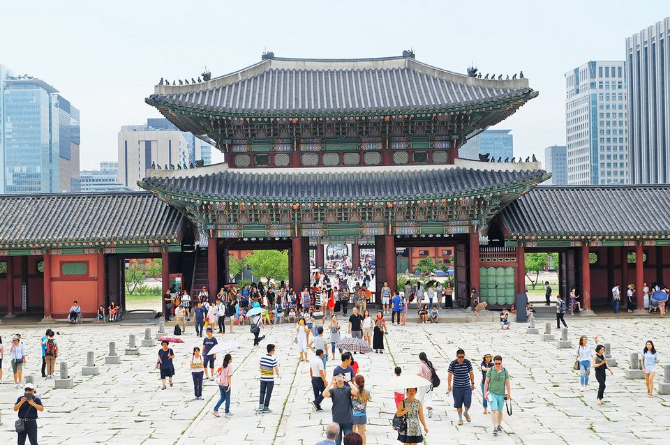 Gyeongbok, Heungnyemun Gate, the entrance into Gyeongbokgung Palace
