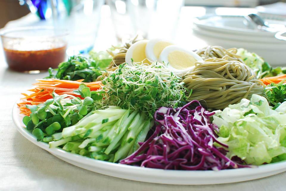 Jaengban Guksu (Korean Cold Noodles and Vegetables)