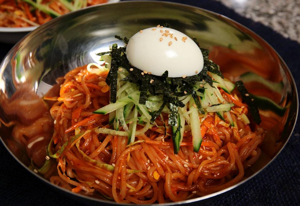 jjolmyeon-noodle