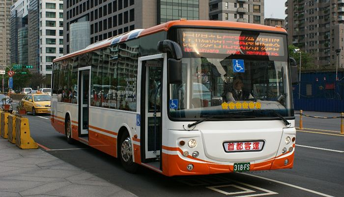 Buses are popular and cheap transportation in Taiwan
