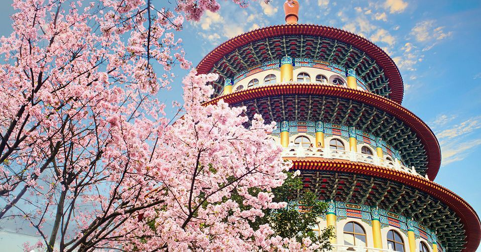 Wuji-Tianyuan-Temple_New-Taipei-City_Taiwan-cherry-blossom-sakura_hero_1200x630