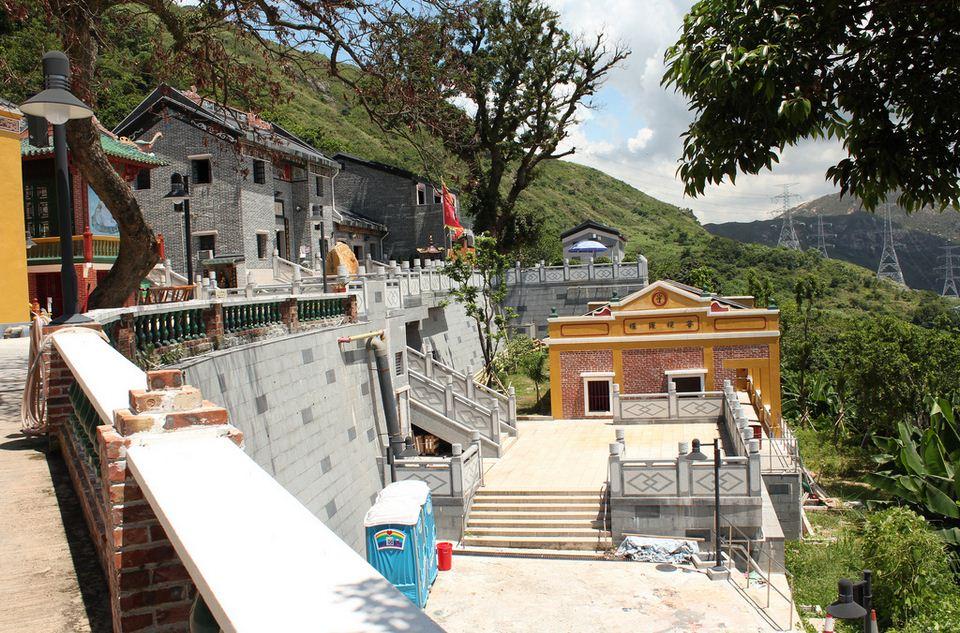 Tsing Shan Temple