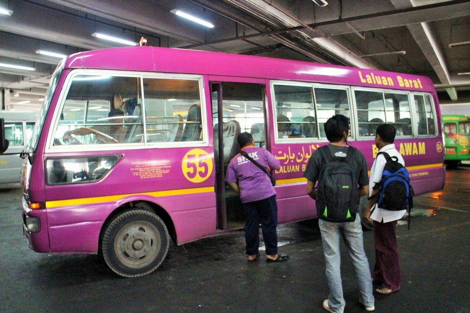 bus brunei