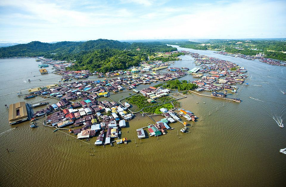 Kampong-Ayer-Water-Village-1