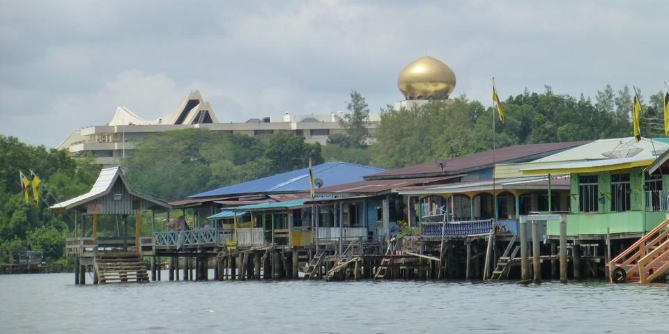 Istana Nurul Iman behind water village