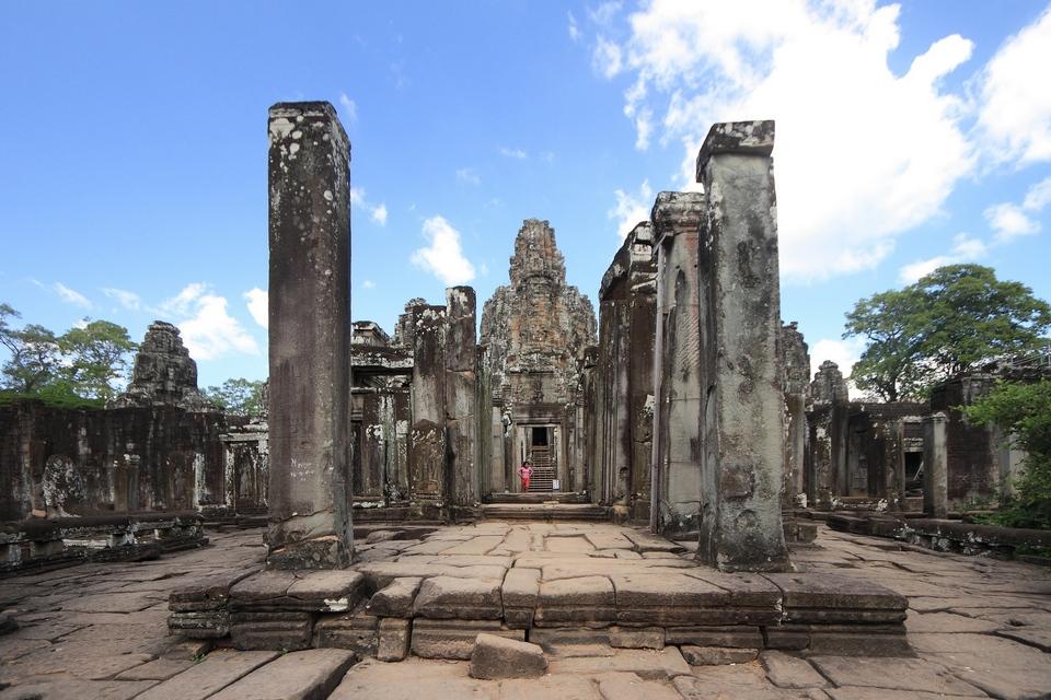 Bayon_Temple,_Angkor_(4205342699)