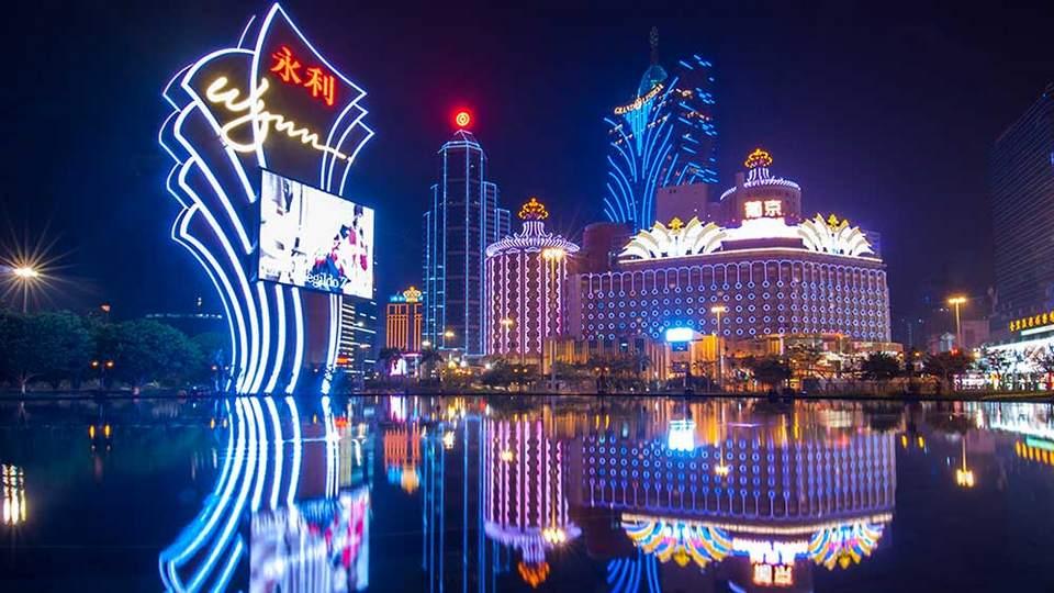 stock-casino-Macau-10-shutter