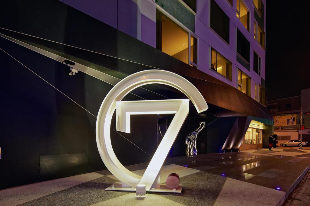 Hotel 7 Taichung2
