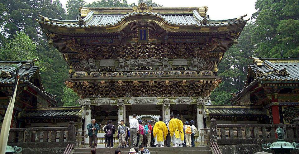 1200px-NikkoYomeimon nikko travel blog nikko blog