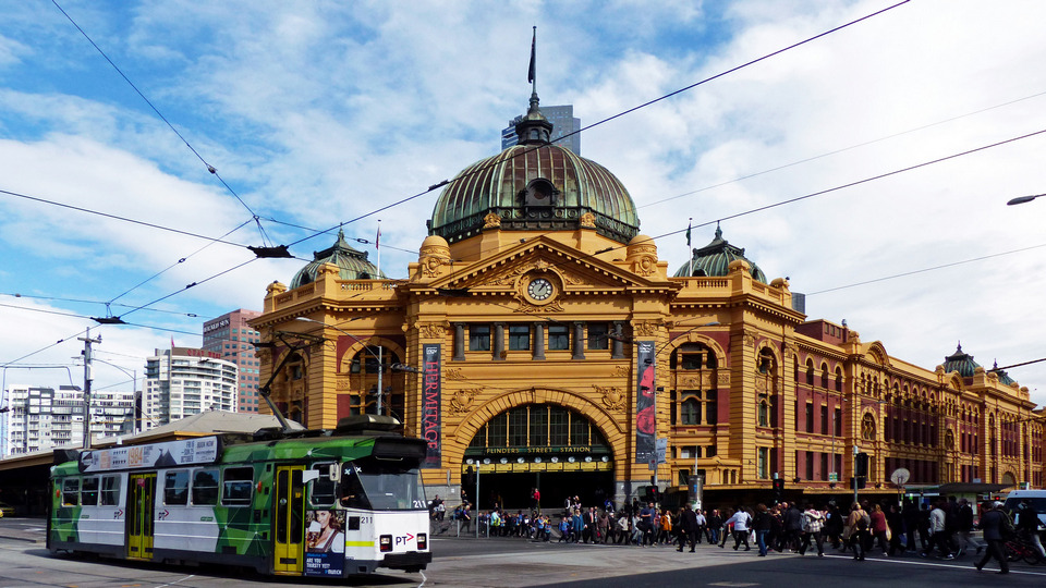Flinders Street Station melbourne best of melbourne in a day,one day in melbourne itinerary,melbourne 1 day trip