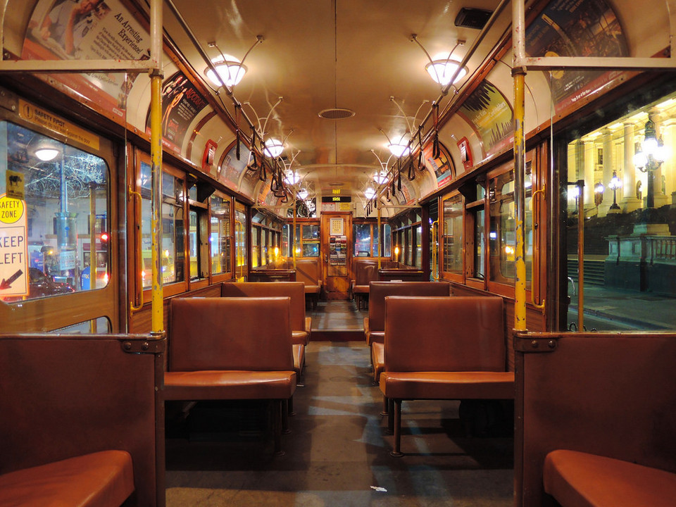 Free tourist tram in Melbourne city 3