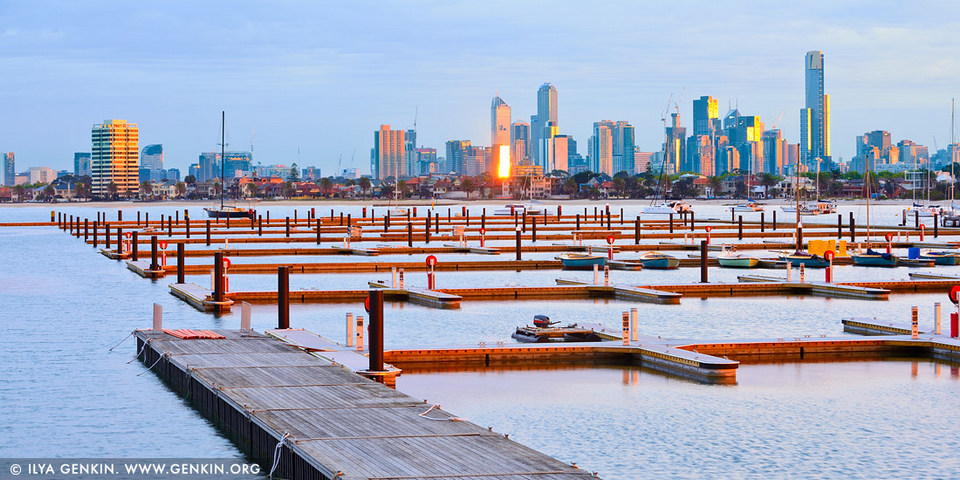 melbourne city seen from st kilda beach one day in melbourne,one day in melbourne itinerary,one day trip in melbourne,