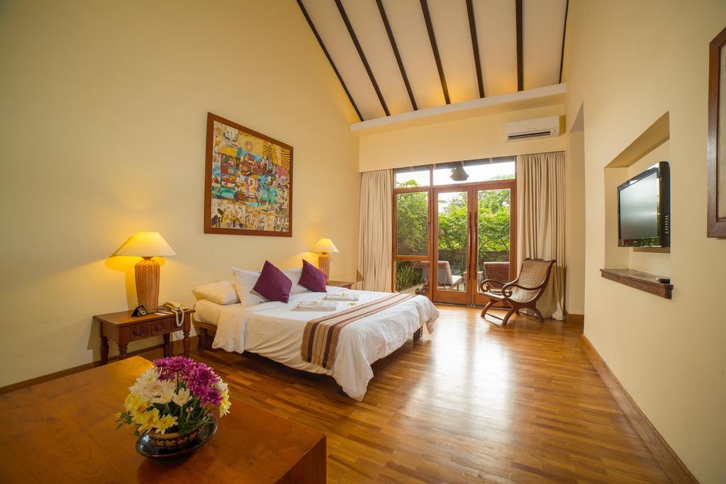 Hotel @ Tharabar Gate