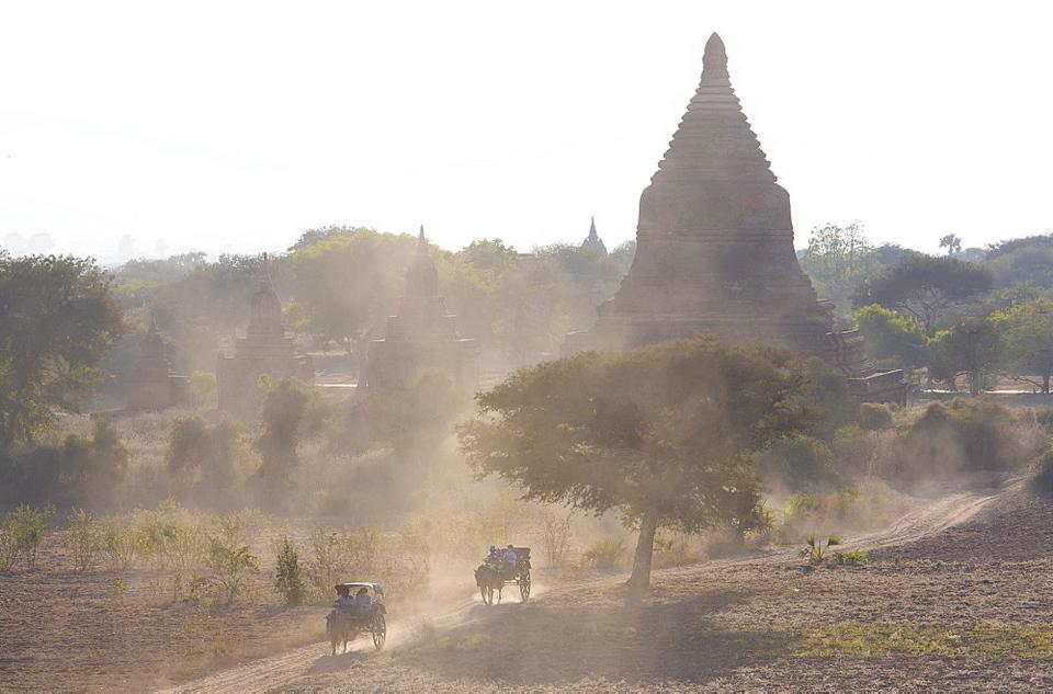 Shwesandaw-Pagoda-Bagan-Myanmar_1