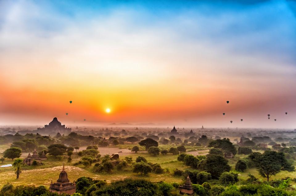 Shwesandaw-Pagoda-Bagan-Myanmar_1143