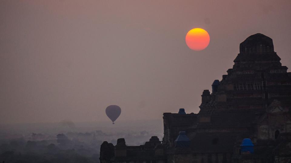 Shwesandaw sunrise