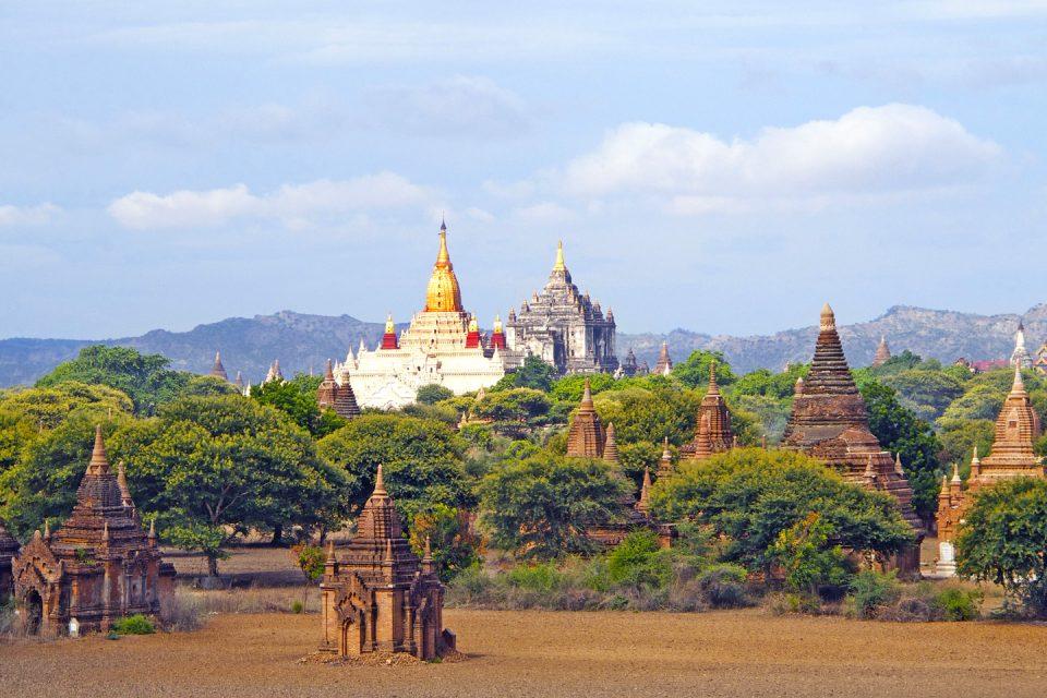 ananda bagan-temple-960x640