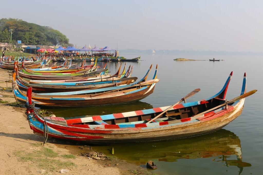 Boat-at-the-Belmond-dock-Bagan.-1024x683