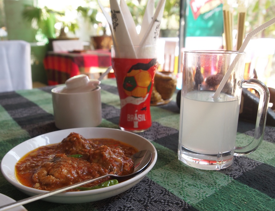 Butter Fish Curry and lime juice
