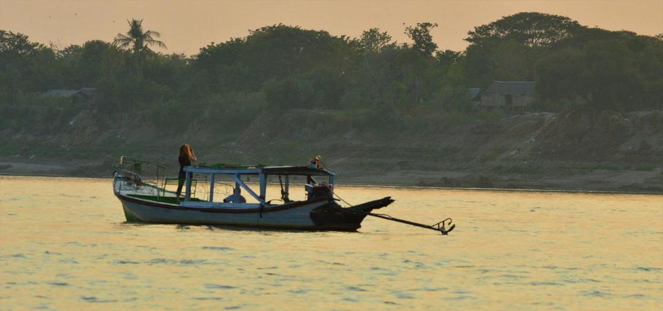 Cruise the Irrawaddy River at Sunset in Bagan34 - Living ...