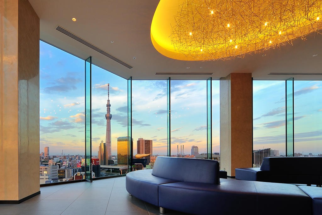 luxury hotel in tokyo Picture: tokyo city guide blog.