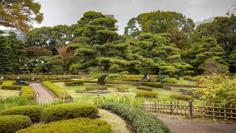 tokyo-imperial-palace-east-garden-2