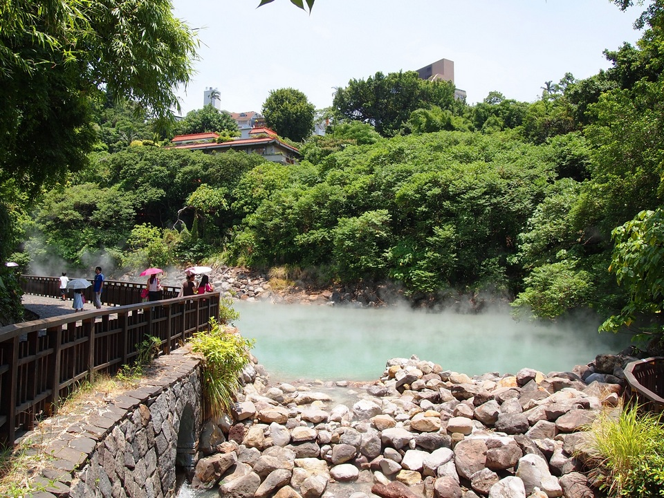 taipei xinbeitou hot spring taiwan travel guide best hot spring in taipei best hot spring in taiwan taiwan hot spring