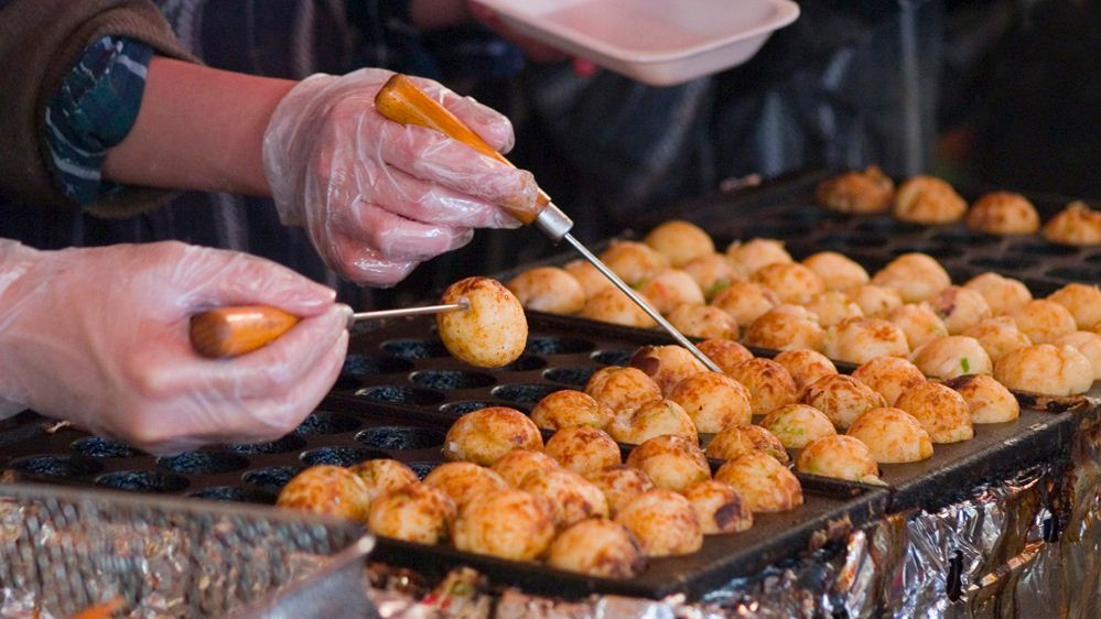 Street food looks so eye-catching that prices are affordable.