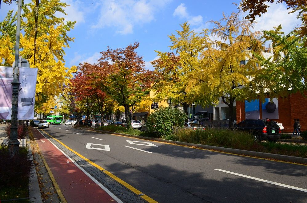 samcheongdong-autumn-korea3
