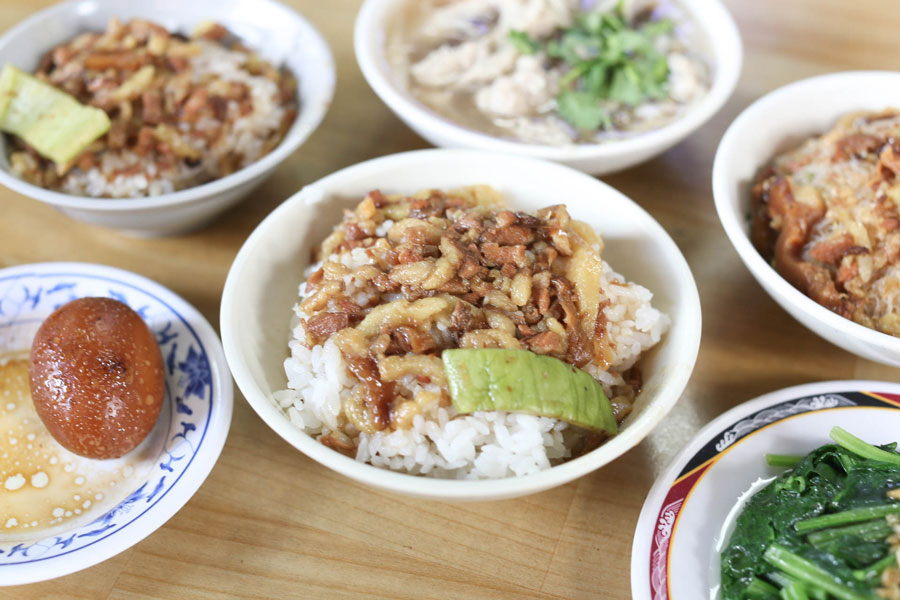 Jin Feng Lu Rou Fan Photo: must eat in taipei 2018 blog.