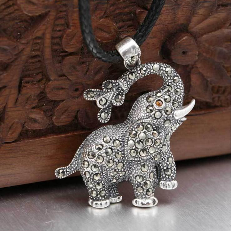 antique-thai-silver-jewelry-lucky-charm-souvenir