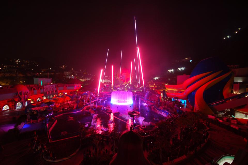 LCI-Ocean-Park-Symbio-Water-Show-16