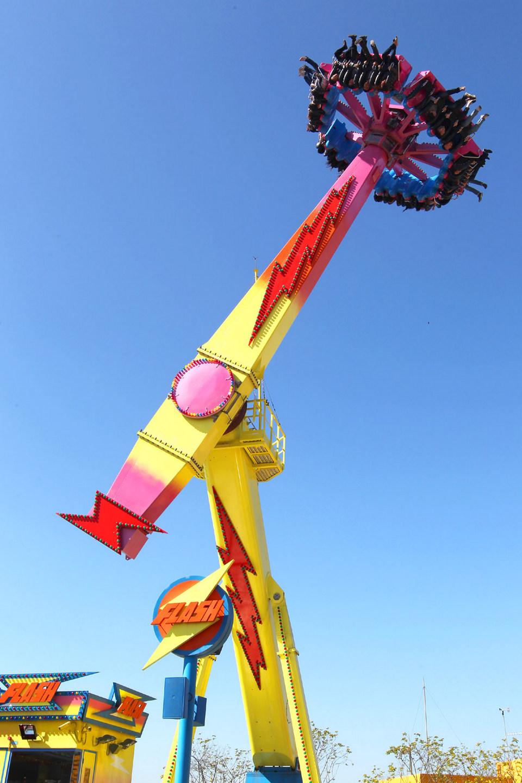 ocean-park-hong-kong-flying-swing