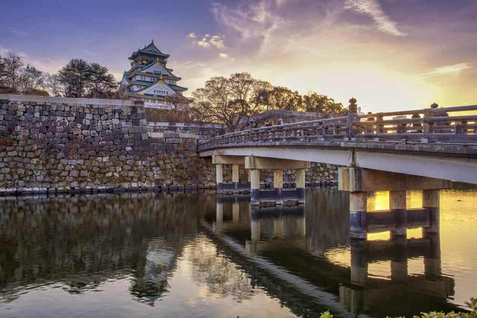 Osaka-Castle-Sunset