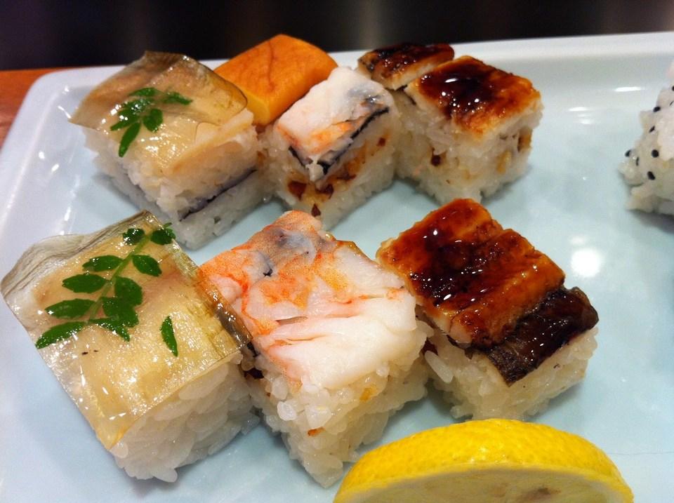 Hakozushi osaka,food must eat in osaka,food must try in osaka,must eat food in osaka,must eat in osaka,must try food in osaka