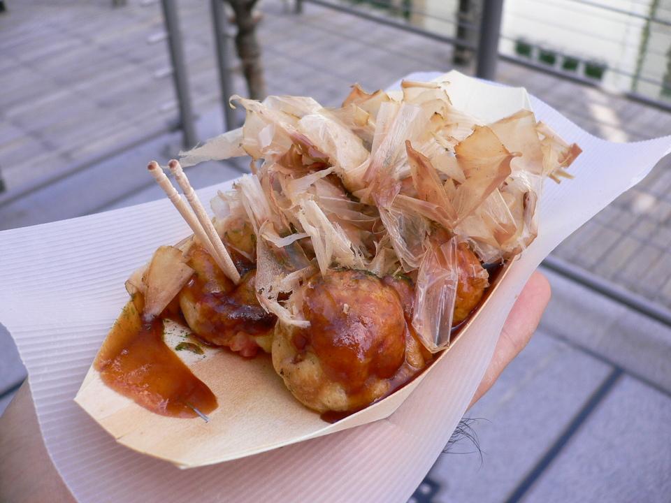 famous_takoyaki_shops_in_osaka_1