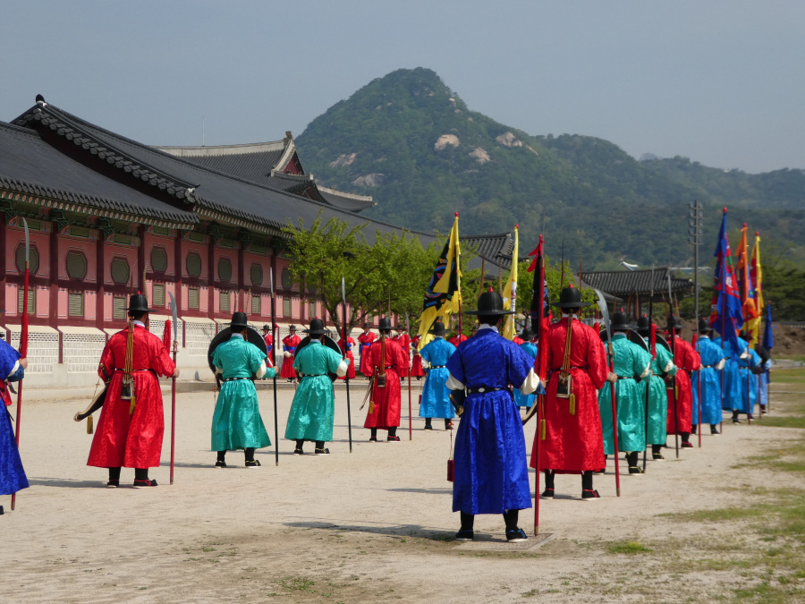 changing_of_the_guard_ceremony_at_gyeongbokgung_palace3