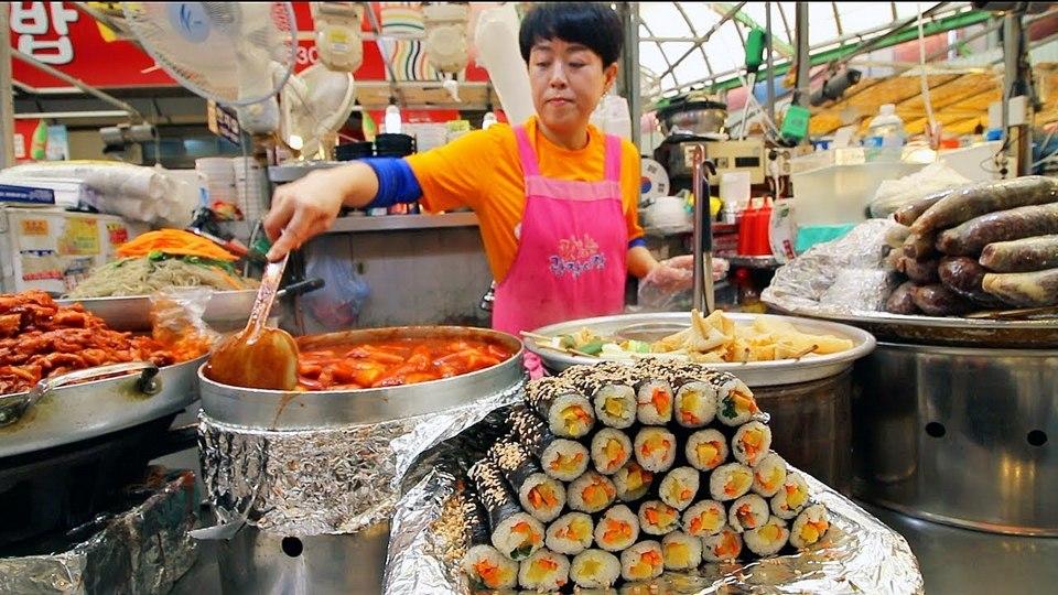 itaewon street food