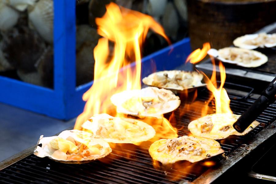 Myeongdong Street food1