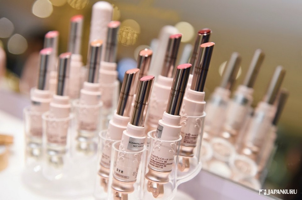 Cosmetics japan.j1